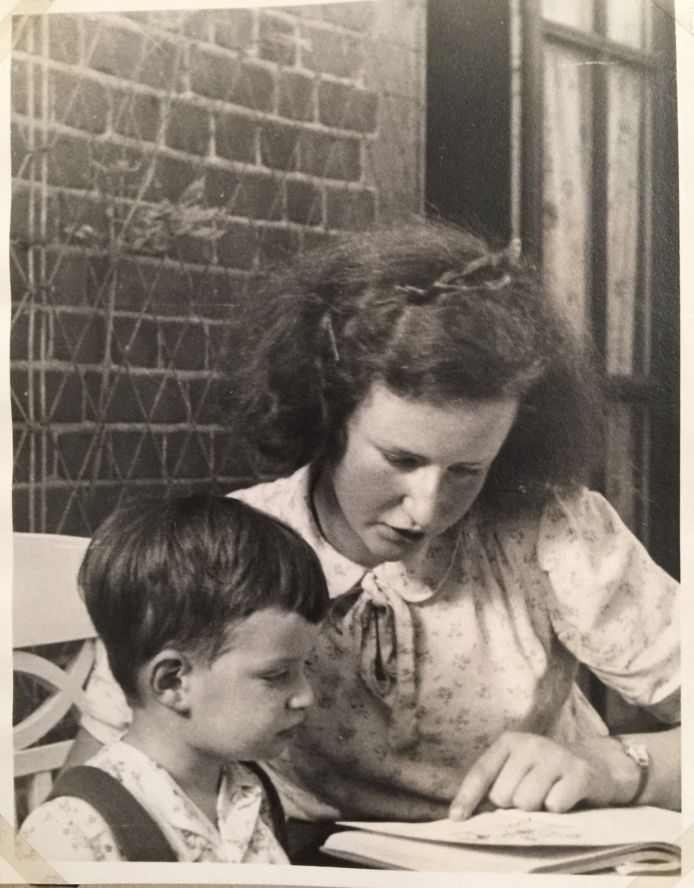 Rita Aged 15 - 1944